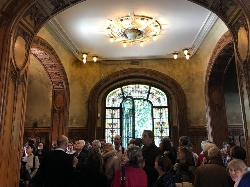 Des dizaines de personnes sont venus visiter l'hôtel Bouctot-Vagniez, bijou de l'art nouveau.