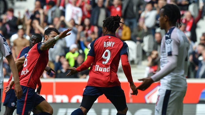 Loïc Rémy a ouvert le score pour le LOSC sur une très belle combinaison qui a surpris la défense bordelaise.