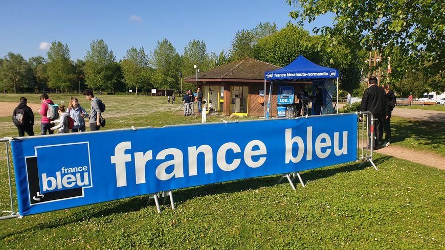 Randonnée France Bleu Normandie àLery Poses le 12 mai 2019