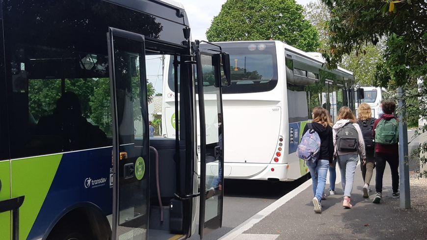 Les mineurs devront voyager assis dans les bus de l'agglomération