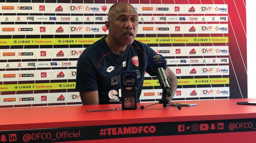 Antoine Kombouaré l'entraîneur du DFCO