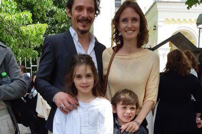 Dans la famille de Yavor, le père est orthodoxe, la mère catholique, comme leur fille, à qui le Pape a donné la première communion à Rakovski, en Bulgarie.