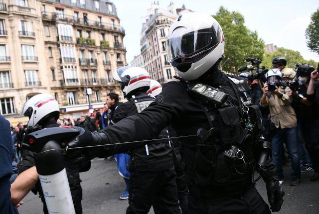 À Paris, la police a reçu des consignes de tolérance zéro