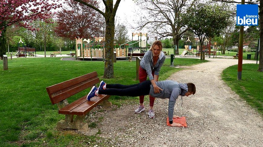 La Minute Forme Muscler Ses Abdos Avec Un Simple Banc De Parc