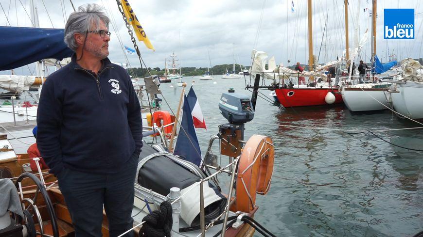 Franck Barrau sur son bateau Otaha