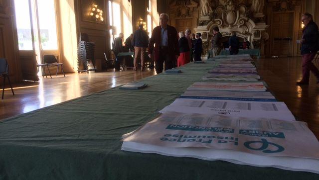 Tours: les électeurs les plus motivés ont voté ce matin dans les bureaux de vote de l'Hôtel de Ville