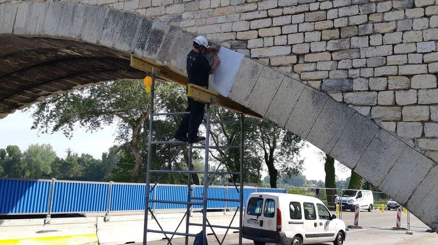Le chantier de réparation du pont saint Bénézet va durer un mois.