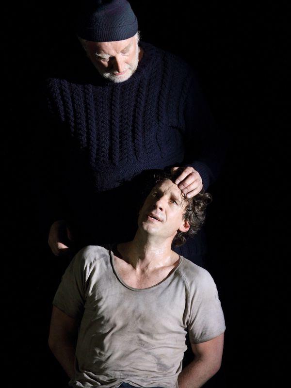 Clive Bayley (Dansker) et Jacques Imbrailo (Billy Budd)
