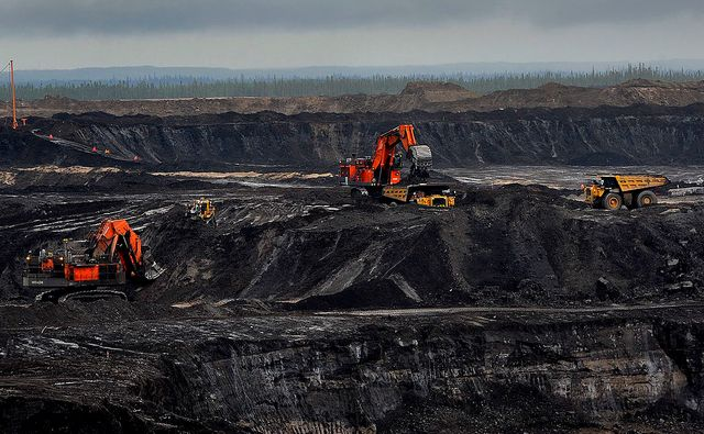 Gisements de pétrole canadiens dans la province d'Alberta