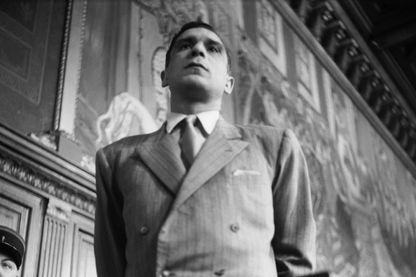 """Portrait du truand Jo Attia,  lors d'un de ses procès, alias """"Jo le Tatoué"""" ou """"le Boxeur"""", également connu sous le surnom de """"roi du non lieu"""", célèbre pour avoir fait partie du gang des Tractions-avant."""