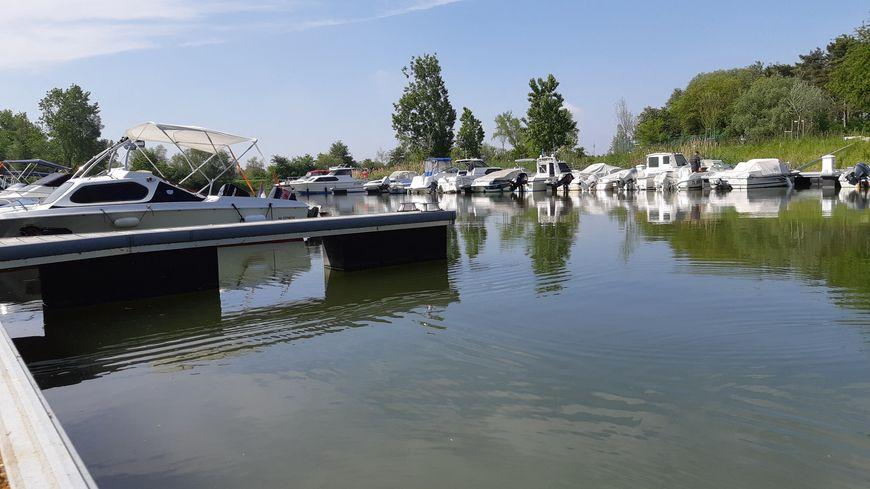"""Le port nautique de Basse-Ham (Moselle) labellisé """"Pavillon bleu"""" en 2018. 22 Mai 2019."""