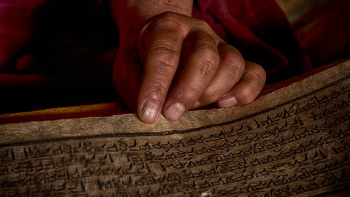 L'histoire des Dalaï-Lamas (1/4) : L'implantation du bouddhisme au Tibet