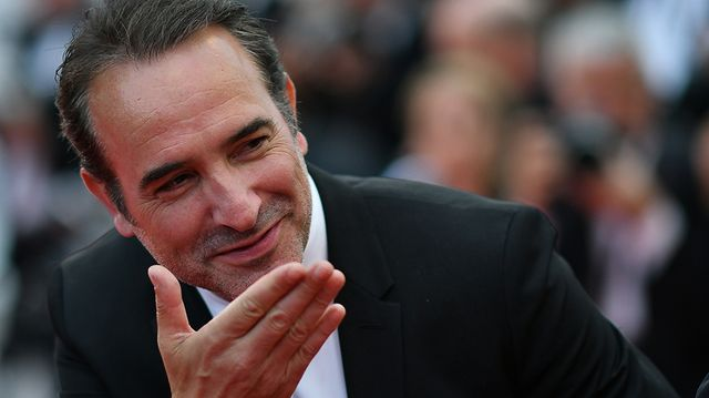 Jean Dujardin sur le tapis rouge