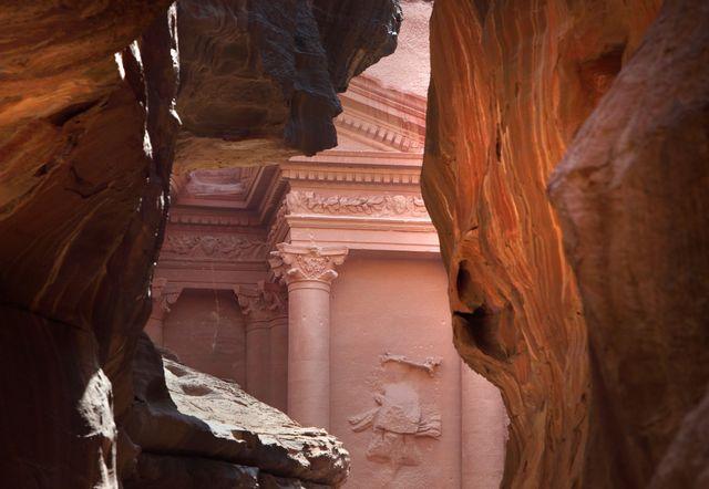 Le site nabatéen de Petra, en Jordanie, accueille 3 000 visiteurs chaque jour.