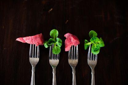 Aujourd'hui avec la multitude des régimes, c'est sans doute tout le caractère social de l'alimentation qui est en train de se réinventer