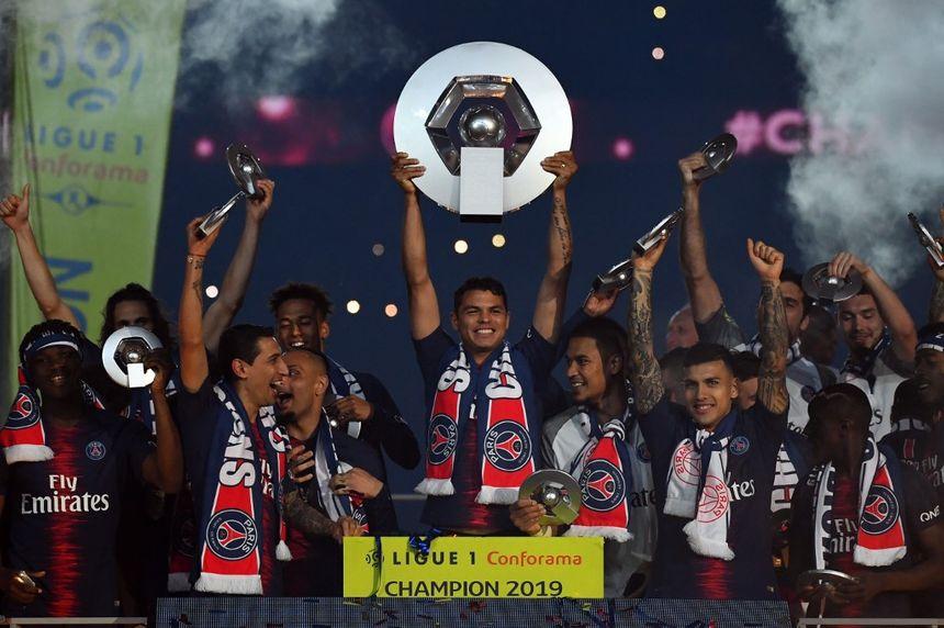 Les Parisiens se sont vu remettre le titre de Champion de France samedi dernier au Parc des Princes.
