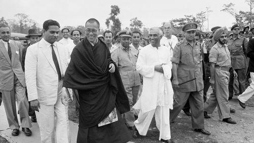 L'histoire des Dalaï-Lamas (3/4) : La fragilité d'un pouvoir