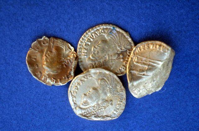 Les Romains extrayaient le minerai de plomb argentifère pour les canalisations et les pièces en argent