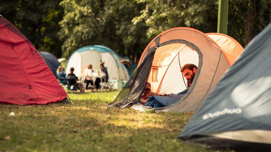 """Le camping du festival """"Le Cabaret Vert"""""""