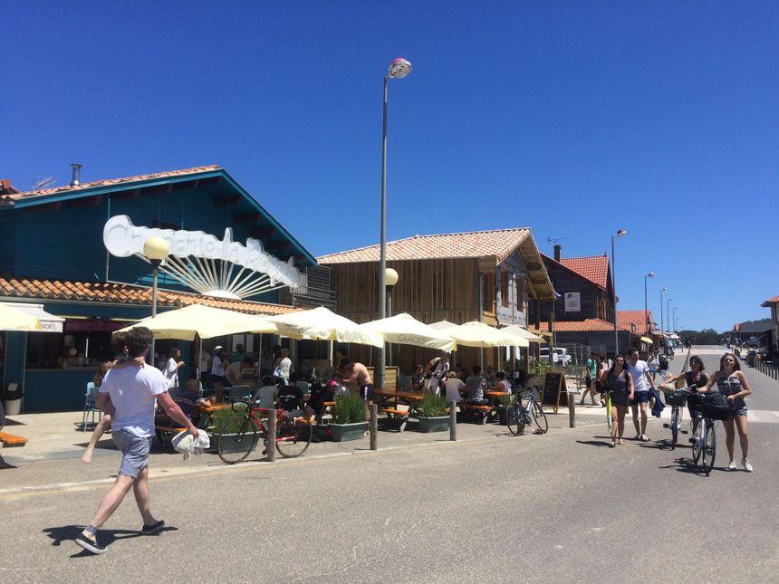 Beaucoup de touristes étrangers sont venus passer le week-end sur la côte landaise.