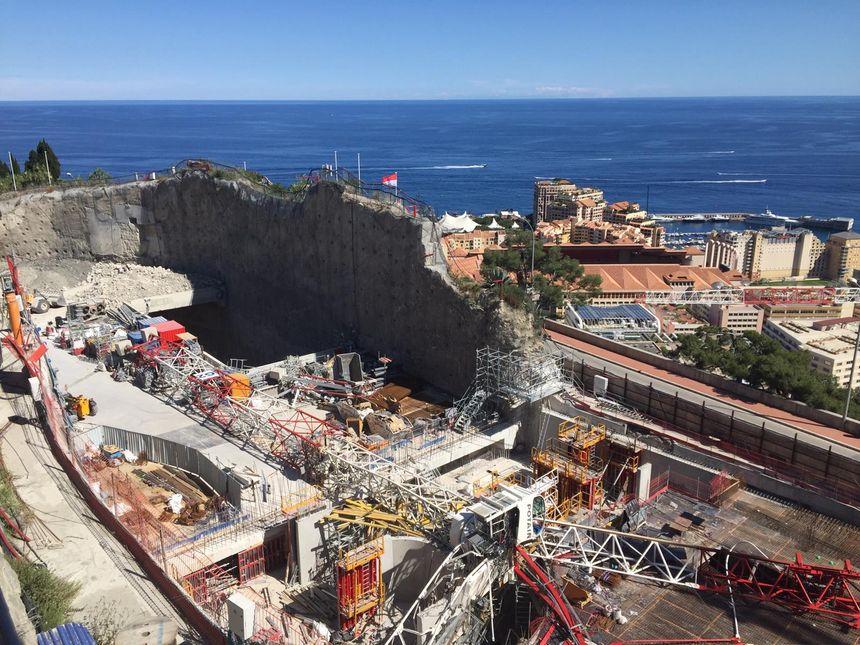Une grue s'est effondrée à Monaco sur le chantier des anciennes serres du jardin exotique jeudi matin