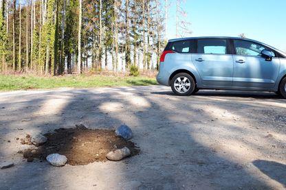Le 21 mars 2019, Daniel Forestier est retrouvé mort sur ce parking, à proximité du hameau de Marcorens, sur la commune de Ballaison (Haute-Savoie).