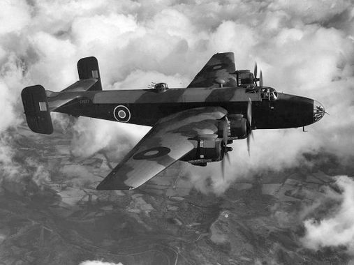 "Le bombardier ""Handley Page Halifax"""