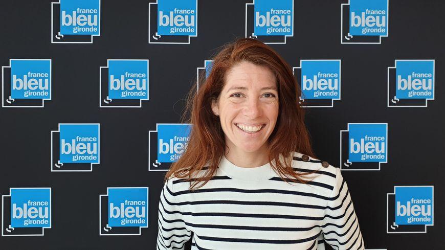 Marie Brehant d'Ardier dans les studios de France Bleu Gironde