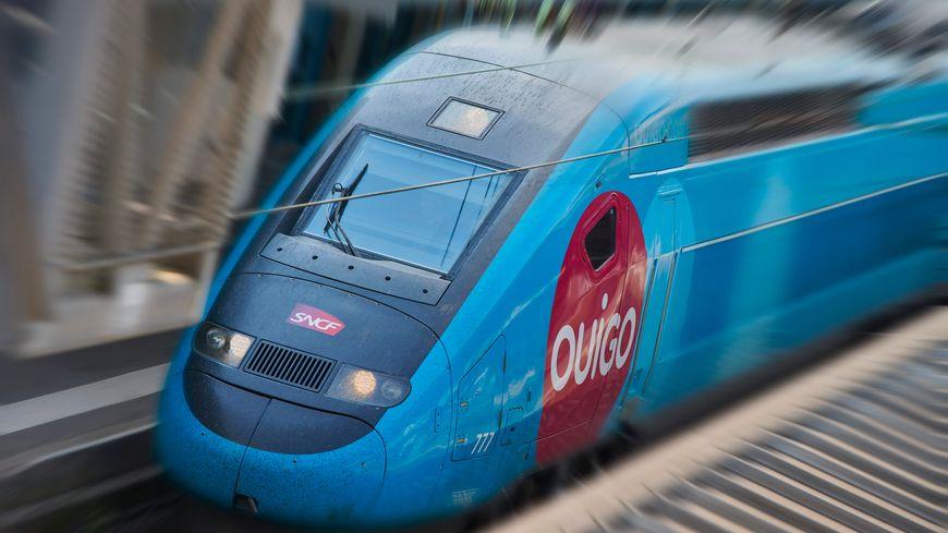 """Le """"crush"""" de Sandrine est descendu du train en gare de Toulon"""