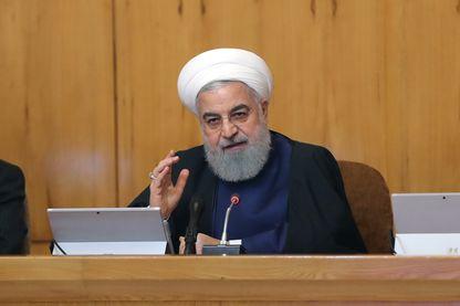 Le président iranien Hassan Rohani lors de la réunion de son cabinet ce 8 mai