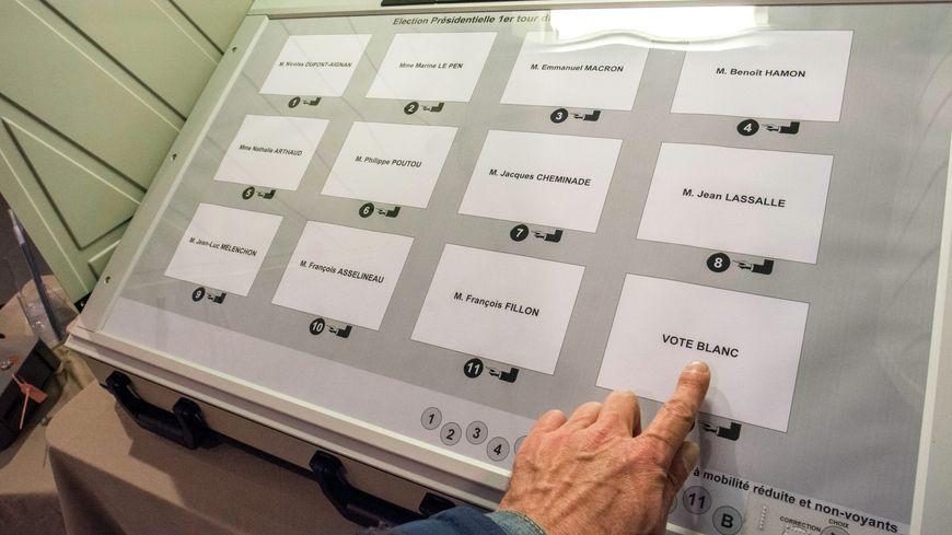 La mairie de Mimizan utilise des machines à voter depuis 2005.