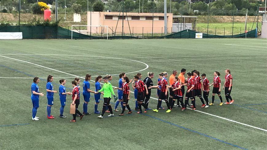 La section féminine de l'OGC Nice recevait ce dimanche le club de Châtenoy-le-Royal au complexe des Francs-Archers.