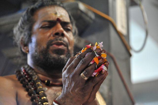 Cérémonie religieuse en l'honneur du dieu Ganesh à Paris le 25 août.