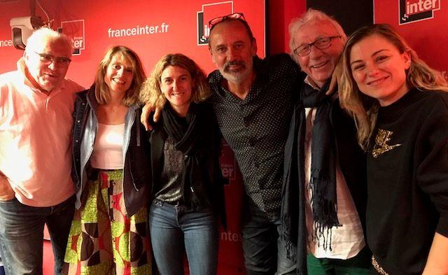 """""""Vous Les Femmes"""", de g. à d. : Albert Algoud, Candice Prévost, Marinette Pichon, Daniel Morin, Jacques Vendroux, Laure Boulleau"""