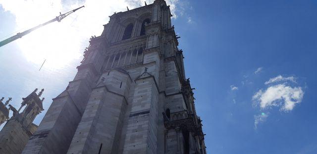 La tour Nord de Notre-Dame de Paris, un mois après l'incendie