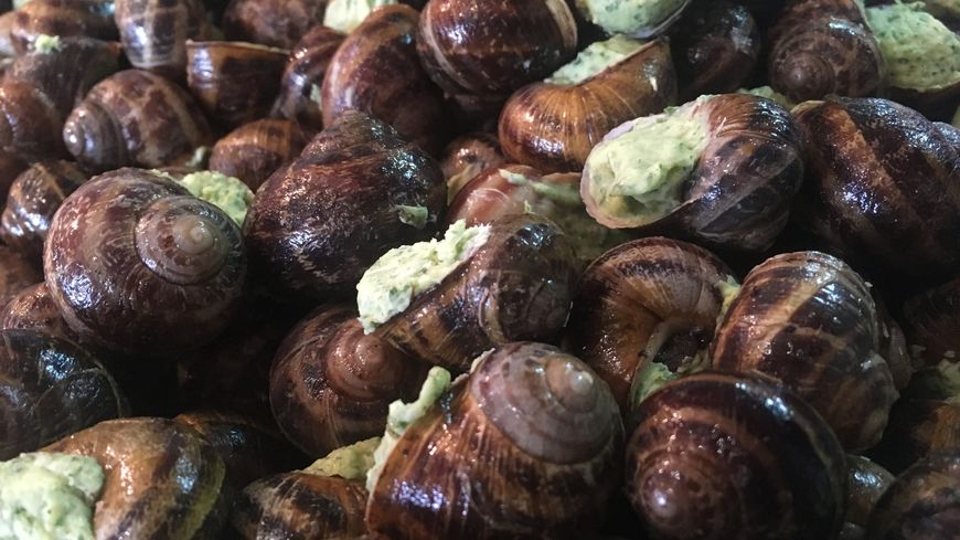 La farce à la périgourdine est généralement composée de porc, de persil et de beurre