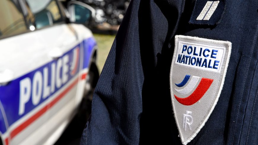 Les policiers ont saisi 6,5 kilos d'héroïne, 300 grammes de cocaïne.