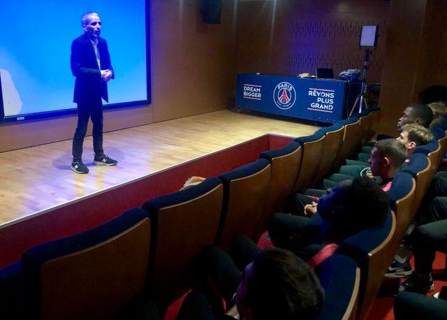 Malek Boutih, nouveau référent éthique du PSG, une fonction inédite dans un club de football en Europe.