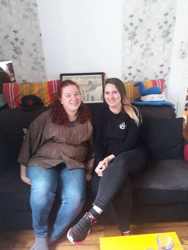 Depuis 10 ans, Servane (à droite) a arrété les compétitions pour jouer seulement pour le plaisir. Avec Floriane, elles ont rejoint l'association Women in games.