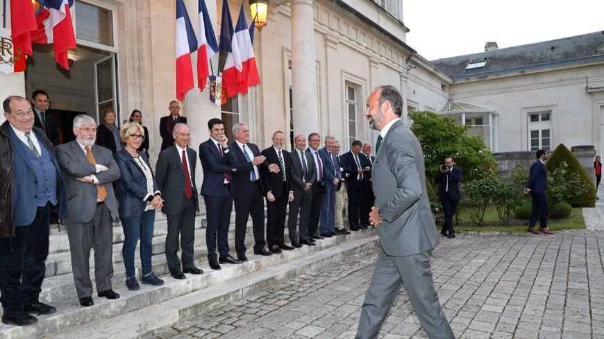 Edouard Philippe à son arrivée à la préfecture de la Charente.
