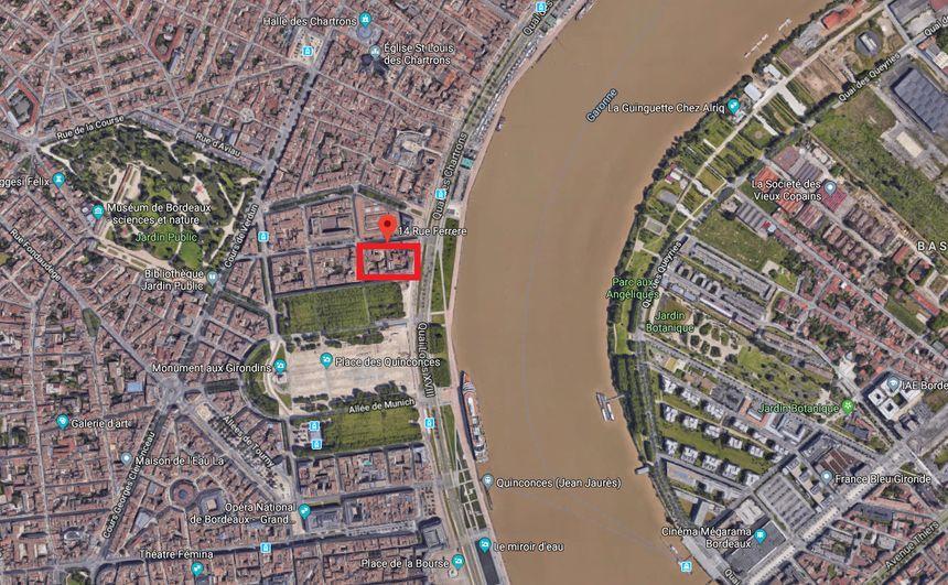 L'incendie s'est propagé sur un îlot d'immeubles près des quais de la Garonne.