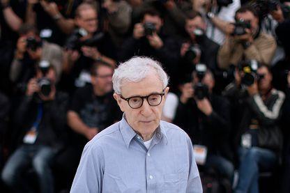 Woody Allen se voit refuser la publication de son autobiographie par plusieurs maisons d'édition américaines.