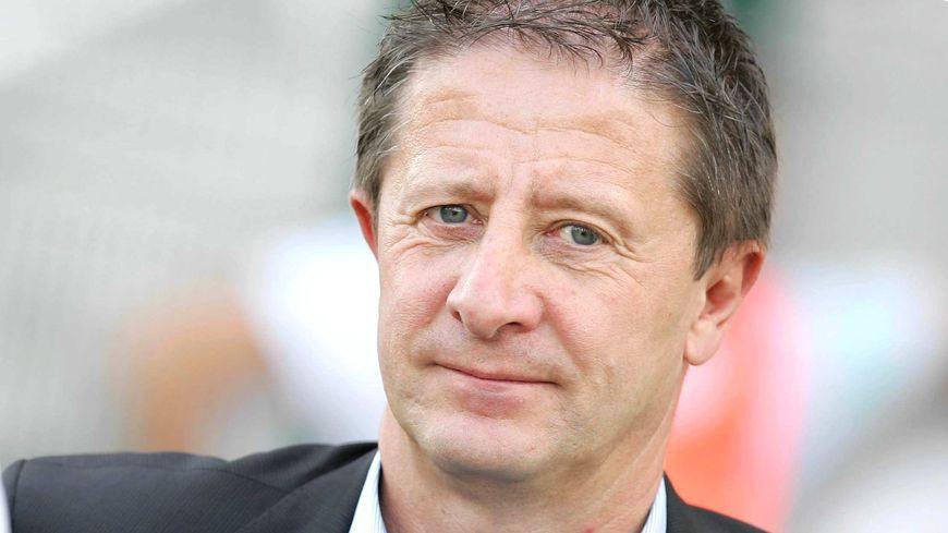 """""""Le plus dramatique serait la perte du statut professionnel du club"""", selon Pierre Wantiez, ancien directeur administratif du FCSM."""