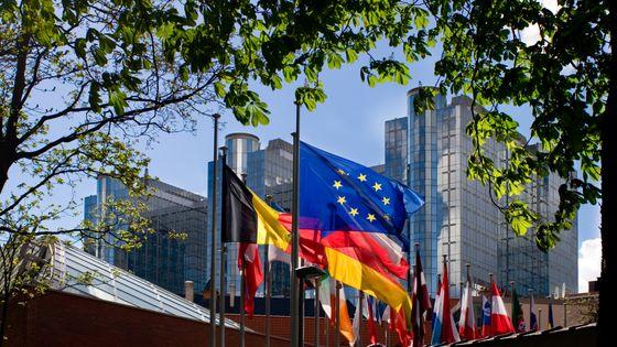 : Les ministres de la Culture et des Affaires européennes des 28 Etats-membre de l'Union européenne ont lancé vendredi dernier une initiative collective, au Louvre pour mieux préserver le patrimoine européen.