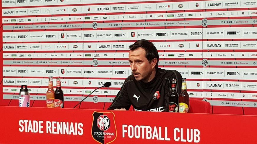 Julien Stéphan en conférence de presse.