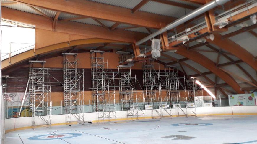 En pleine rénovation, la patinoire de Valence se remet d'un incendie criminel