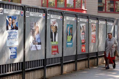 Les affiches des candidats aux élections européennes