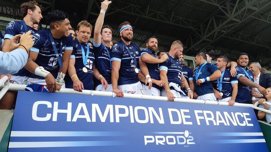 Les Bayonnais champions de France de Pro D2 !