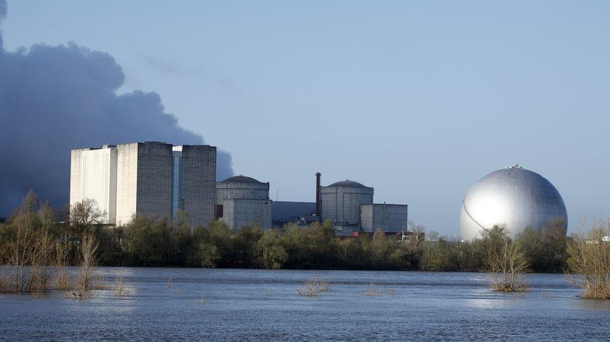 La centrale nucléaire d'Avoine, l'une des quatre centrales nucléaires de la région Centre-Val de Loire