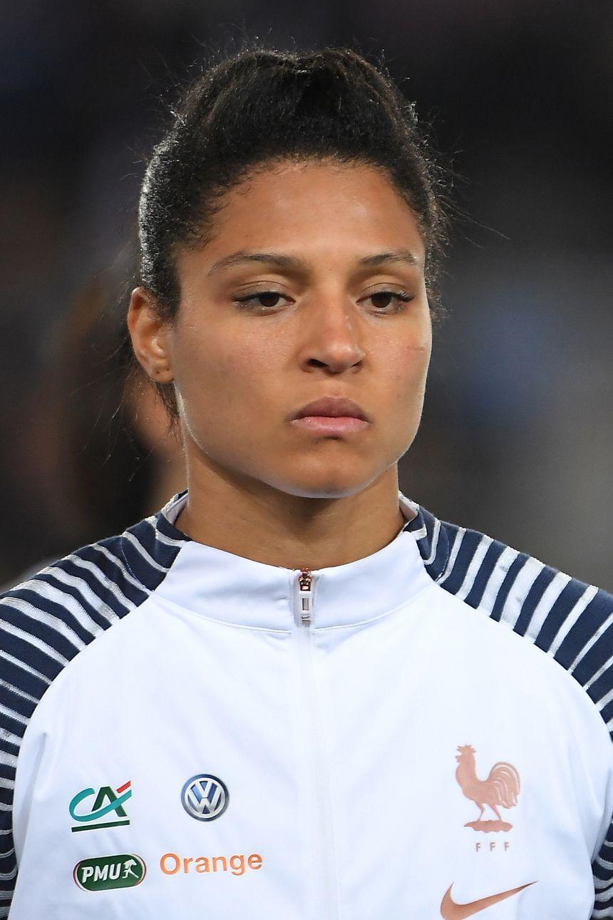Valérie Gauvin avant le match contre le Danemark.